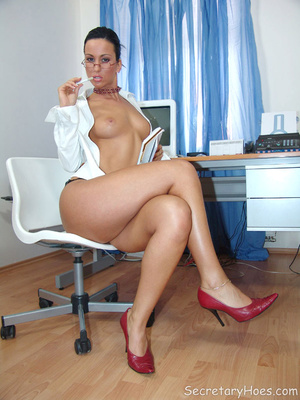Secretary Simone strips in the office in - XXX Dessert - Picture 7