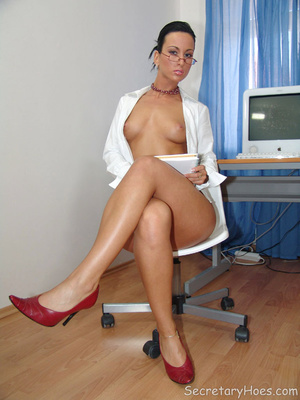 Secretary Simone strips in the office in - XXX Dessert - Picture 10