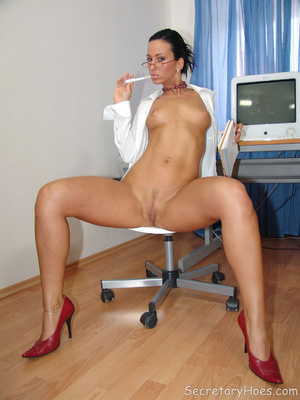 Secretary Simone strips in the office in - XXX Dessert - Picture 14