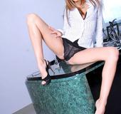Pornstar Jenna Haze in a naughty secretary uniform
