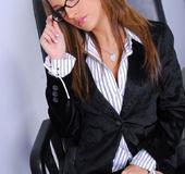 Hot pornstar Jenna Haze sucking dick at the office