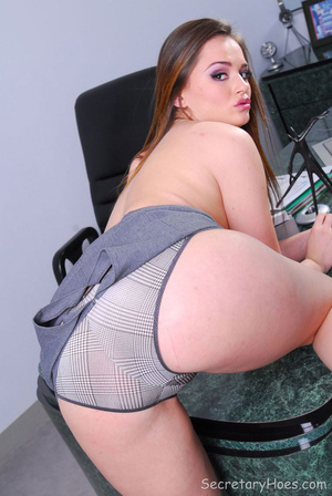 Hot office babe Tori Black in a sexy sec - XXX Dessert - Picture 10