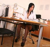 Leggy office slut Iris fucking her boss at work