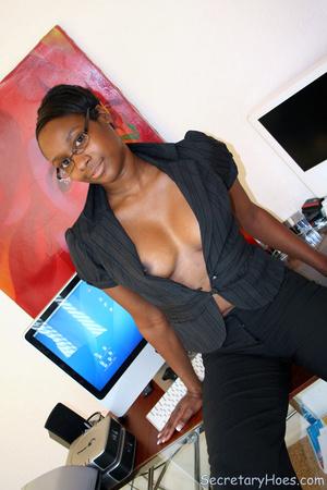 Naughty black girl amateur secretary - XXX Dessert - Picture 10