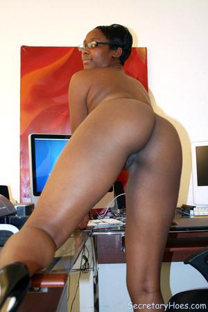 Naughty black girl amateur secretary - XXX Dessert - Picture 13