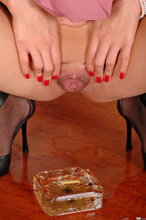 Hot girl Rebecca pisses showing her shav - XXX Dessert - Picture 16