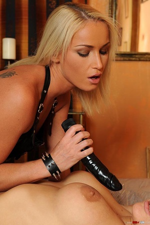 Slim hot young blondes in lesbian pissin - XXX Dessert - Picture 1