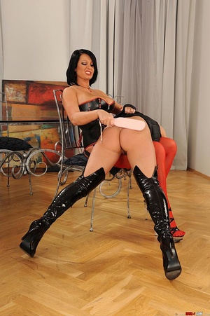 Kinky lesbians' hot bondage spanking act - XXX Dessert - Picture 6
