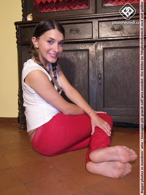 Xxx foot pics of petite hottie in red pa - XXX Dessert - Picture 4