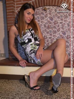 Super hot brunette bimbo in short dress  - XXX Dessert - Picture 4