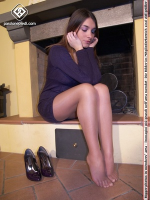 Perfect body brunette in sexy pantyhose  - XXX Dessert - Picture 4