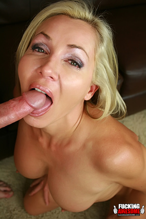 Lisa DeMarco lies back and opens wide as - XXX Dessert - Picture 14