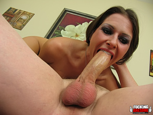 Rachel Roxxx poses and strips before cho - XXX Dessert - Picture 8