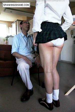 Burnning buttcoks blonde school girl suf - XXX Dessert - Picture 7