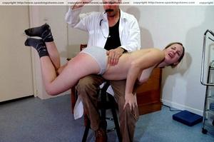 Busty amateur milf gets her soft bottom  - XXX Dessert - Picture 8