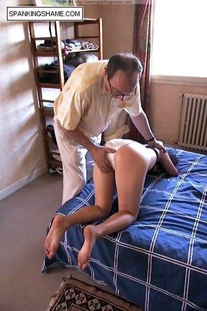 spanking girls asses