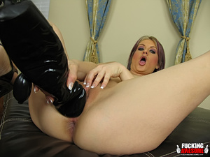 Tyla Wynn gets kinky with her giant dild - XXX Dessert - Picture 6