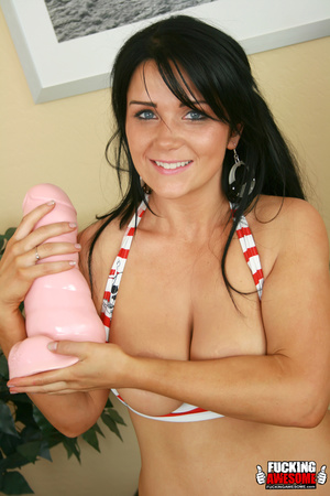 Brunette slut Lilith rips her pussy with - XXX Dessert - Picture 3