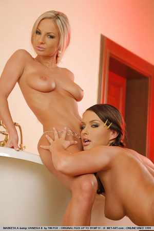Two extremely hot 18 teen girls in an ex - XXX Dessert - Picture 10