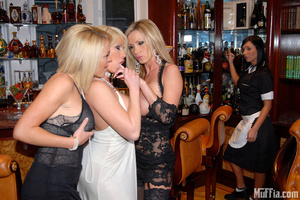 Lesbian party with gorgeous shaved pussi - Picture 4