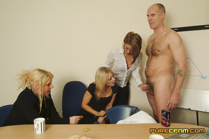 Three naughty blondes test the strength  - XXX Dessert - Picture 3