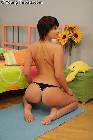 Tight ass young babe likes to feel a coc - XXX Dessert - Picture 3