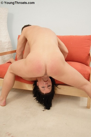 18yo babe gets a good ride in her mouth  - XXX Dessert - Picture 4
