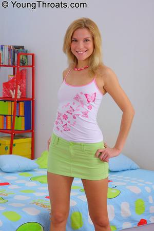 Superb blonde slut gives a good time to  - XXX Dessert - Picture 1