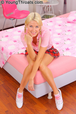 Blonde angel with mouth pounded deep and - XXX Dessert - Picture 1