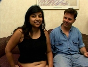 Pregnant Indian Girl Gives Head And Ridi - XXX Dessert - Picture 1