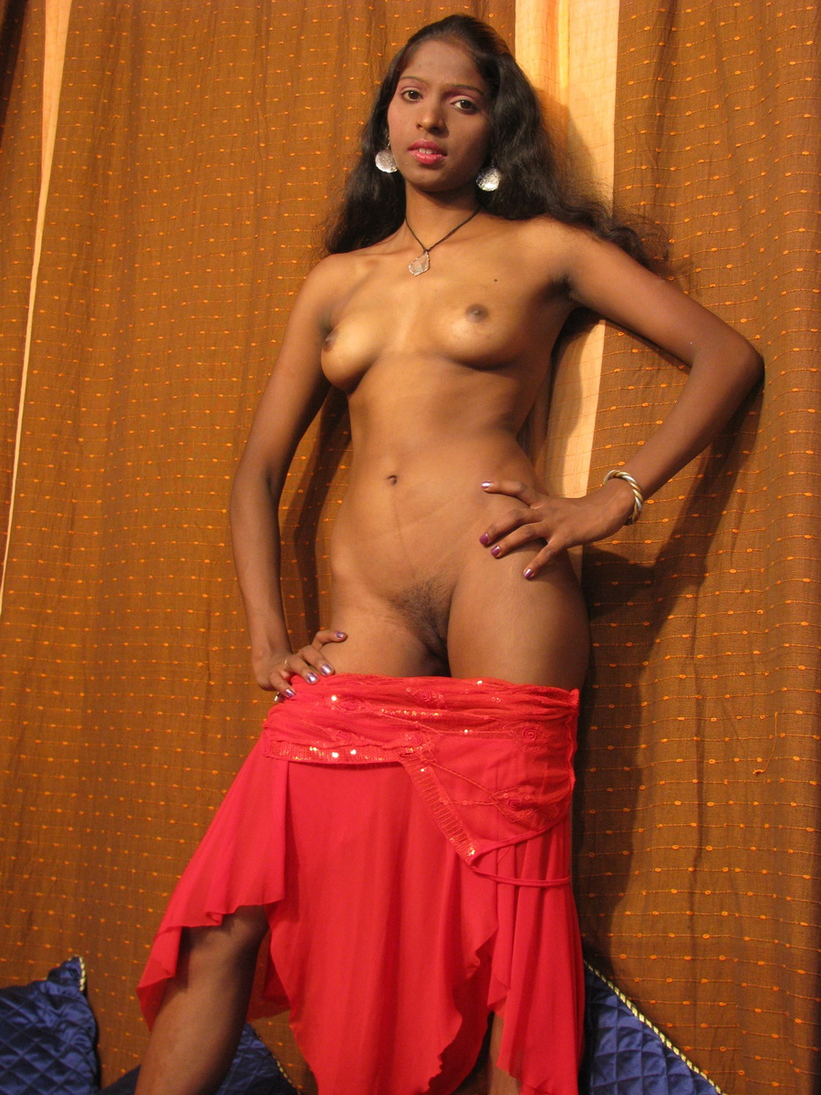 Young Indian Babe Posing Nude And Showing P - Xxx Dessert -2793
