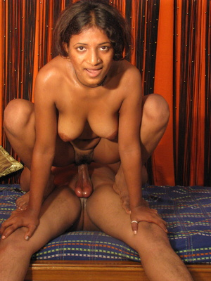 Busty Young Indian Girl Sucks Fucks Crea - XXX Dessert - Picture 14