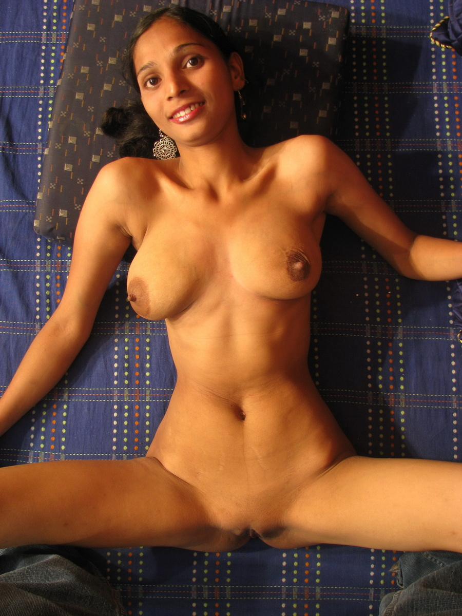 AMY: New youg nude desi grils closup images