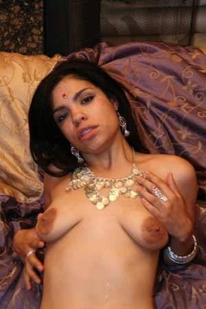 Lovely Indian babe Ashawri swallowing a  - XXX Dessert - Picture 15