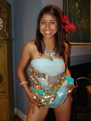 Cute Indian pornstar Mehla strips off to - XXX Dessert - Picture 1