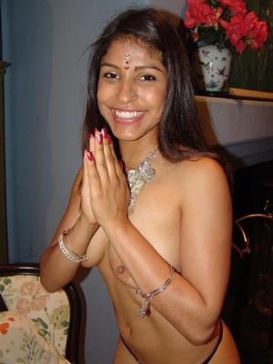 Cute Indian pornstar Mehla strips off to - XXX Dessert - Picture 5