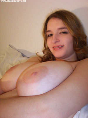 Big tits round. Pretty awesome sweet tee - XXX Dessert - Picture 1