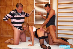 Doublepentrated blonde chick with great  - XXX Dessert - Picture 4