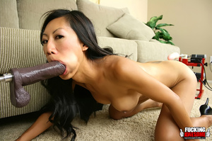 Fuckingmachine xxx pics of dark haired a - XXX Dessert - Picture 6