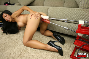 Fuckingmachine xxx pics of dark haired a - XXX Dessert - Picture 9