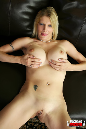 Sex hungry mature blonde undressing and  - XXX Dessert - Picture 5