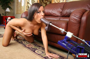 Yummy boobs brunette bimbo feels this hu - XXX Dessert - Picture 5