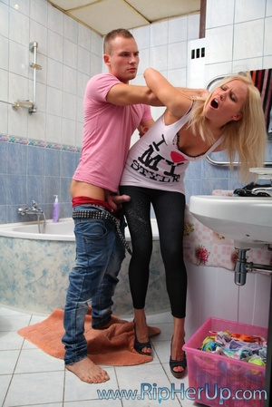 Blonde bitch is mouthful of spern after  - XXX Dessert - Picture 5