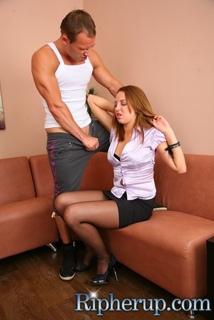 A deliveryman fucks hot secretary at her - XXX Dessert - Picture 4