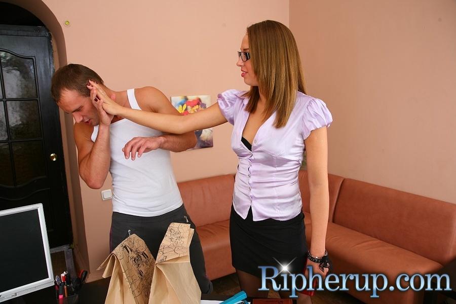 Deliveryman gets horny when hot secretary t - XXX Dessert - Picture 3