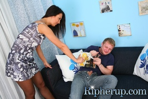 Elaine finds her boyfriend jerking on a  - XXX Dessert - Picture 3