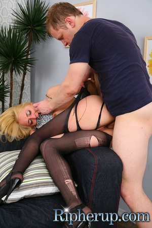 Hot blonde takes massive facial after be - XXX Dessert - Picture 11