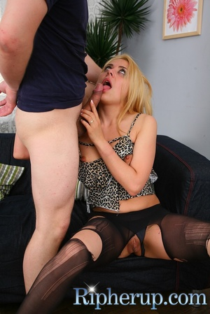 Repairman gets horny watching hot blonde - XXX Dessert - Picture 16