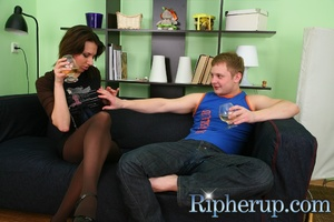 Chap gets horny when geeing drunk and st - XXX Dessert - Picture 2