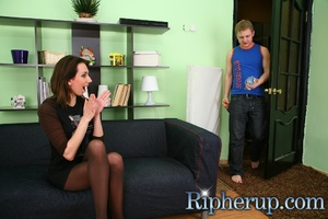 Hot chick becomes a victim of drunk guy  - XXX Dessert - Picture 1